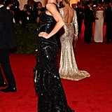 Gisele Bundchen wore a gorgeous black dress that showed off her amazing figure.