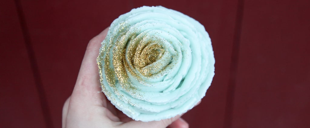 How to Frost Cupcakes Like a Rose