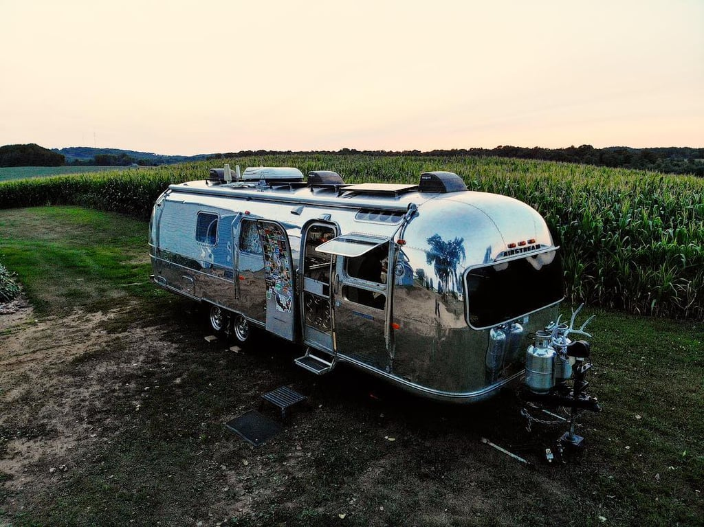 The Longneckers Are Able to Set Up Camp Anywhere — Even the Middle of a Field!