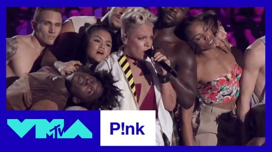 Pink MTV VMAs 2017 Performance
