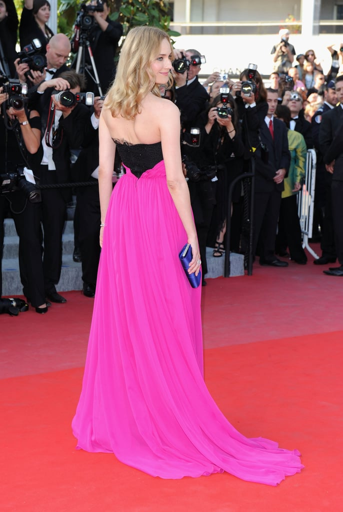 A close-up of Diane's two-toned Jason Wu gown.
