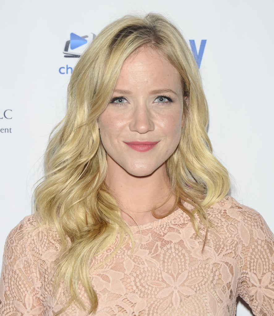 Jessy Schram as Cinderella   Once Upon a Time Season 6 New ...