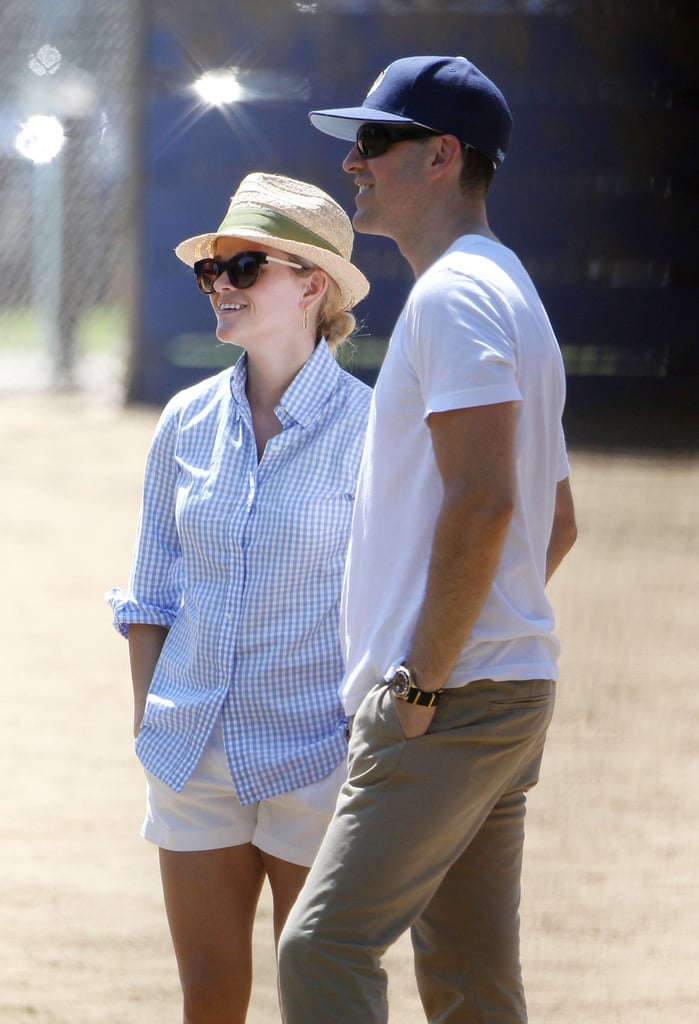 Brunette No More! Reese Witherspoon Goes Back to Blond