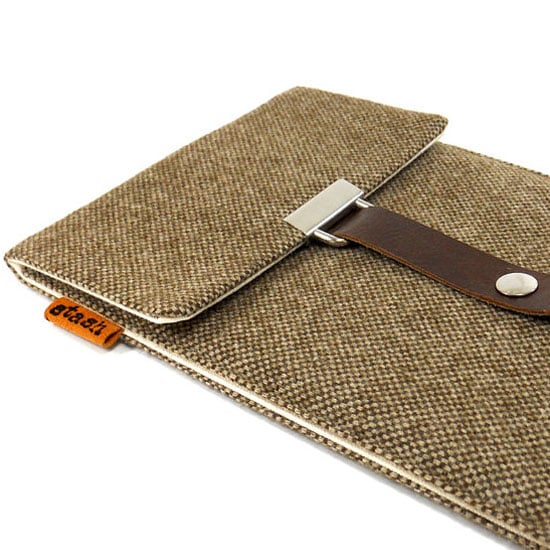 Tweed Day Tech Accessories