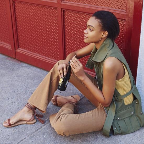 Flache Sandalen statt Flip Flops im Sommer tragen