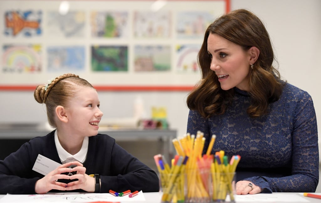 Kate had a cute conversation with a young girl while visiting a mental health charity in March 2018.