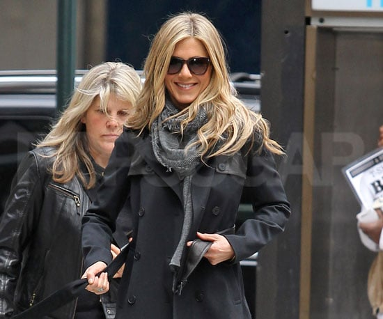 Slide Picture of Jennifer Aniston on the Set of Wanderlust in NYC
