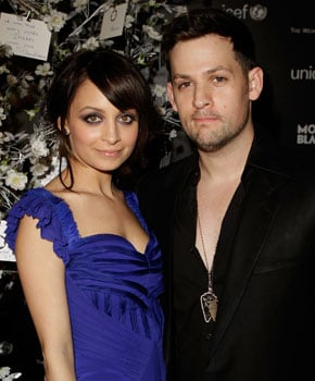 Nicole Richie and Joel Madden Get Married 2010-12-12 11:24:02