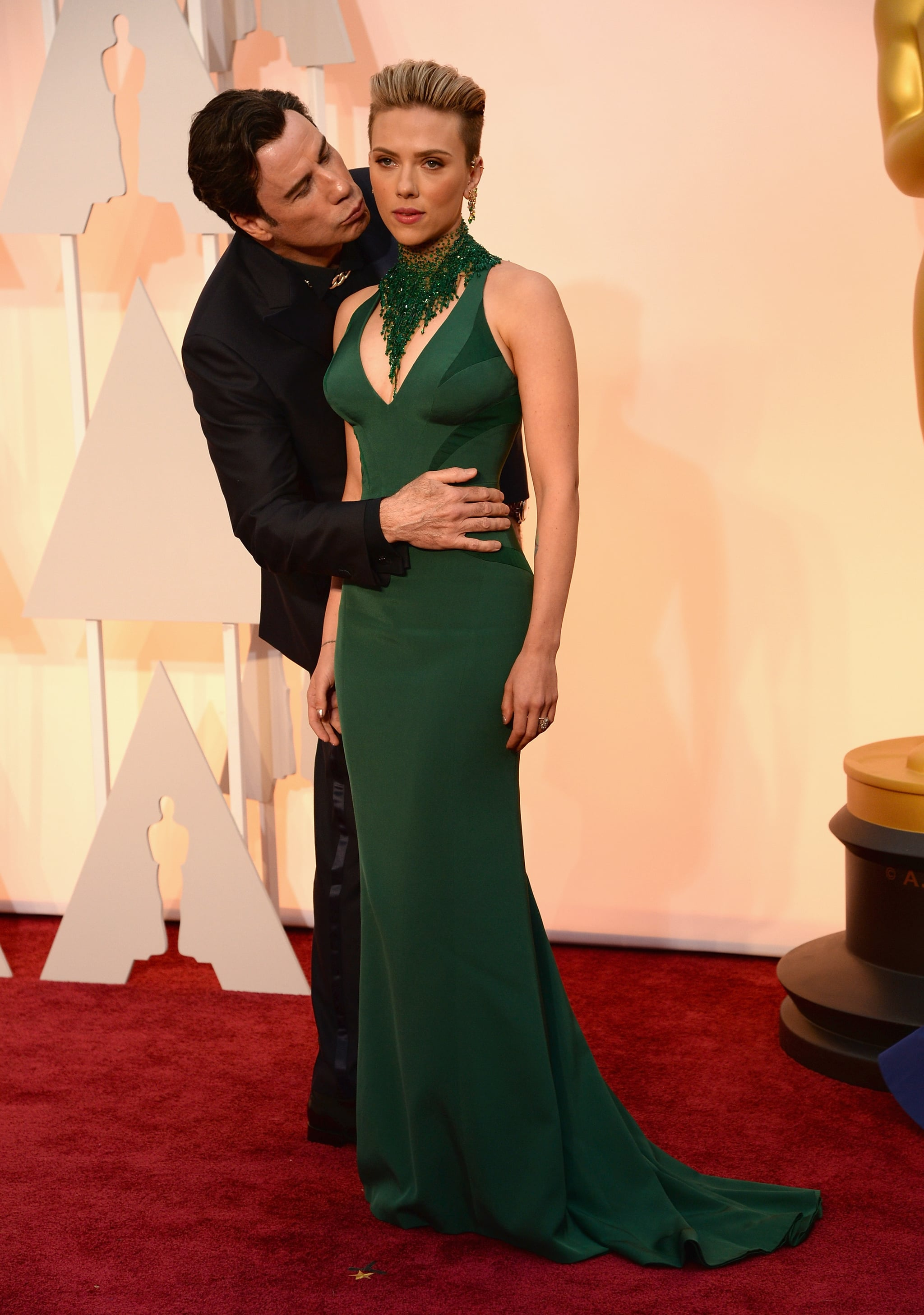When John Travolta Got Creepy With Scarlett Johansson On The Red Carpet 18 Times You Felt Embarrassed For Stars At The Oscars Popsugar Middle East Celebrity And Entertainment Photo 2
