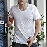 Ashton Kutcher wore a white tee.