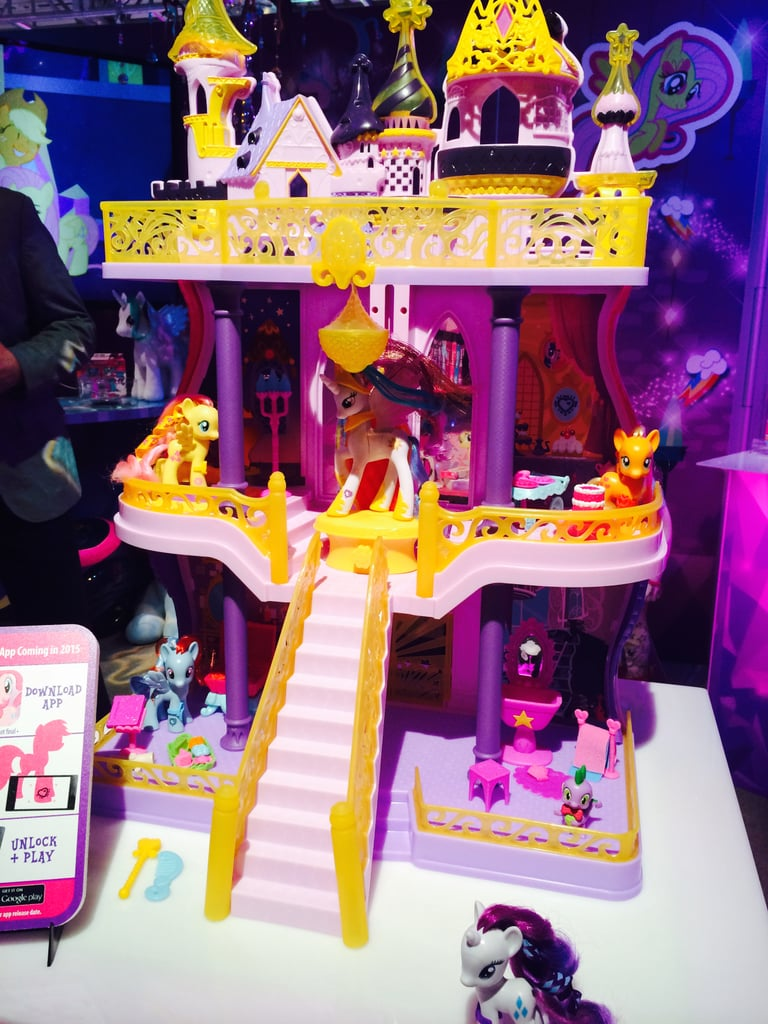 My Little Pony Ultimate Canterlot Castle