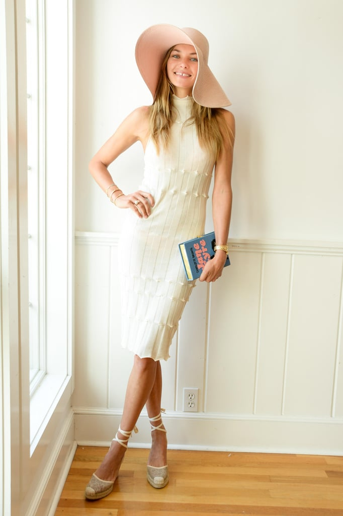 At the Dolce & Gabbana luncheon, Jessica Hart was chic in her neutral ensemble.