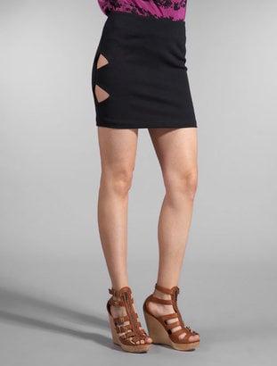 Larsen Gray Shark Bite Skirt: Love It or Hate It?