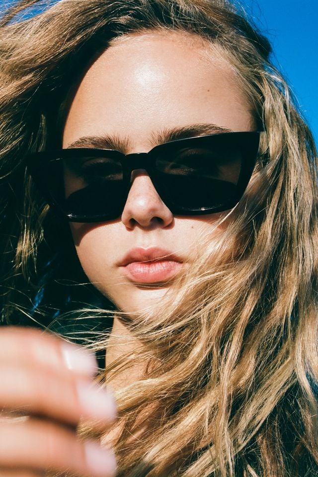 Urban Outfitters Carson Chunky Rectangle Sunglasses