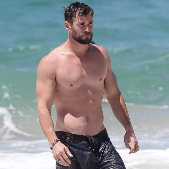 Chris Hemsworth Shirtless in Australia Pictures Oct. 2017