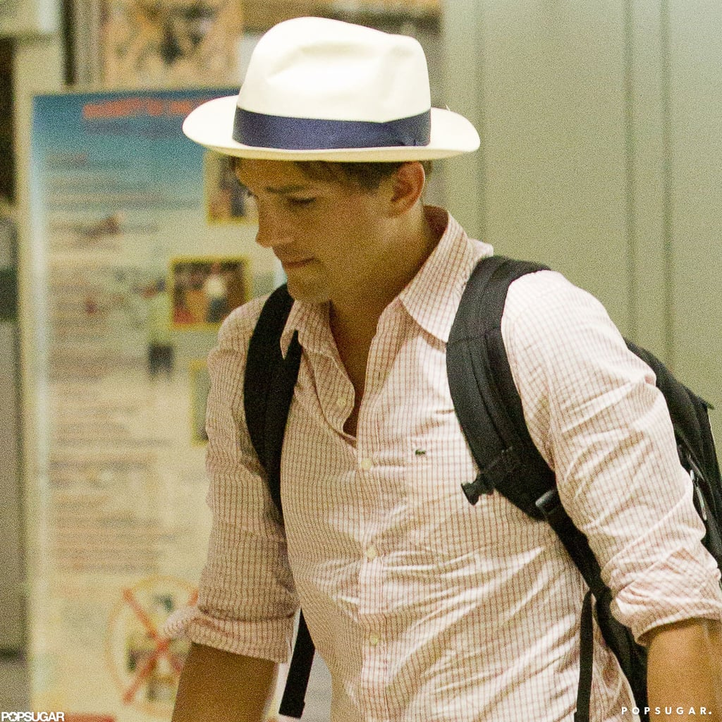 Ashton Kutcher wore a white hat.