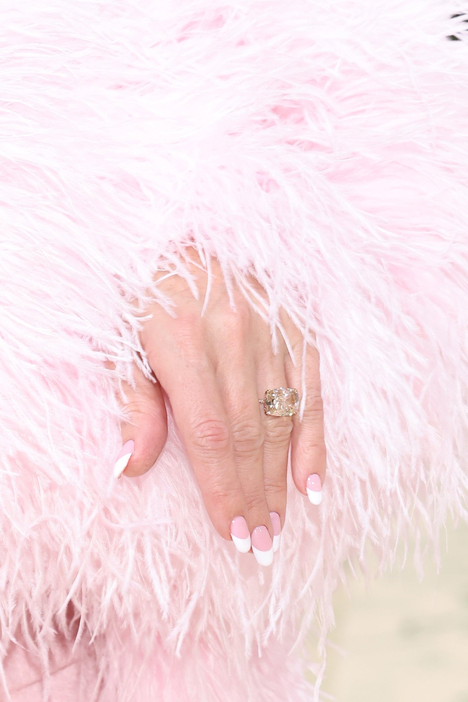 NEW YORK, NEW YORK - SEPTEMBER 13: Kate Hudson, engagement ring detail, attends the 2021 Met Gala benefit