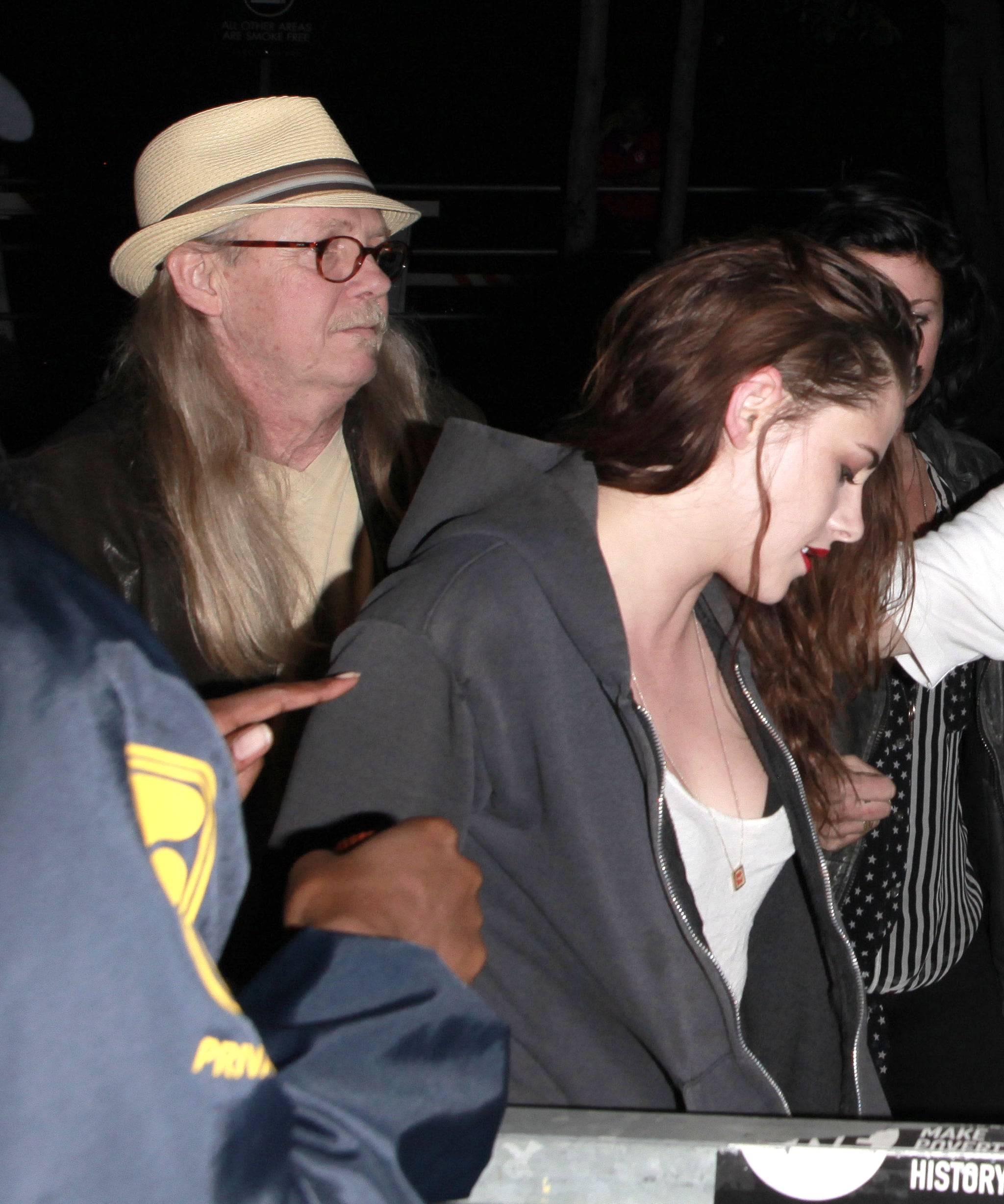 Kristen Stewart and her dad John caught a show by Florence and the Machine in LA.