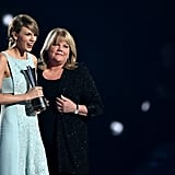 Taylor had her mom by her side as she accepted an award at the Academy Of Country Music Awards in April 2015.