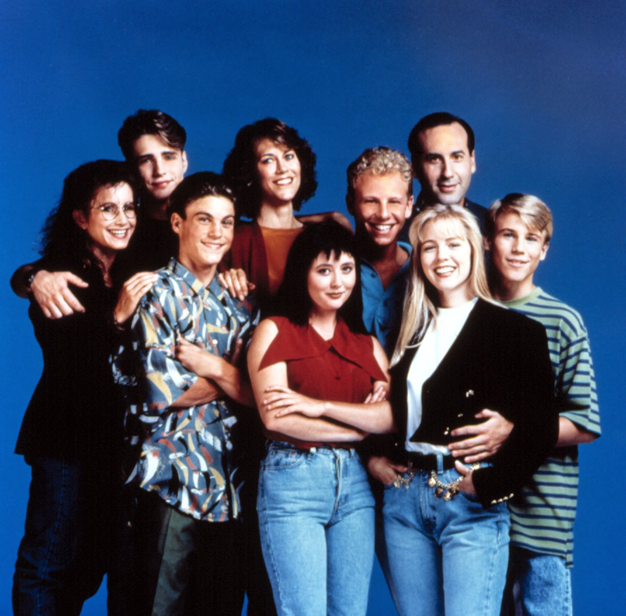 BEVERLY HILLS, 90210, Gabrielle Carteris, Jason Priestley, Brian Austin Green, Carol Potter, Shannen Doherty, Ian Ziering, Jennie Garth, James Eckhouse, Douglas Emerson, (Season 1, 1990), 1990-2000, (c)Spelling Television/courtesy Everett Collection