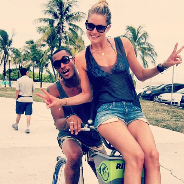 Sunnery James and Doutzen Kroes biked along Miami Beach. Source: Instagram user doutzenkroes1