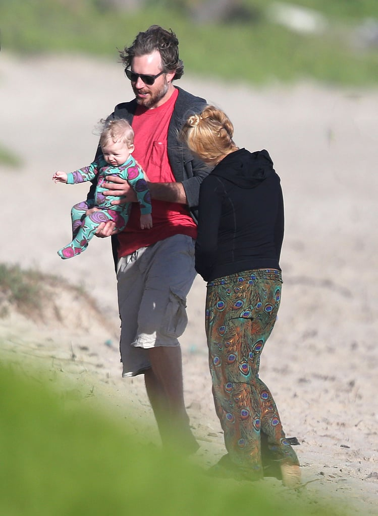 Jessica Simpson took in the sights of Oahu yesterday with fiancé Eric Johnson and daughter Maxwell Johnson.