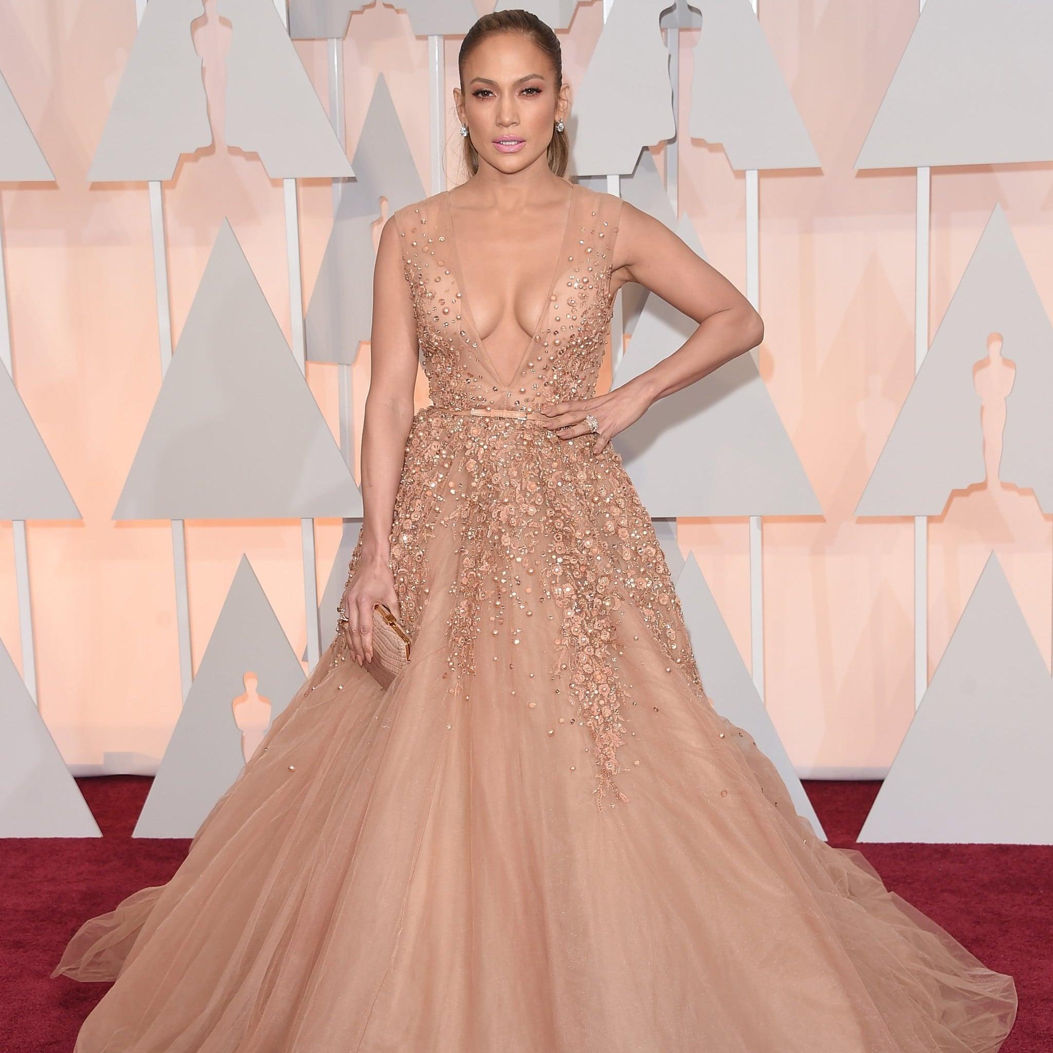 Jennifer Lopez\'s Dresses at the Oscars | POPSUGAR Latina