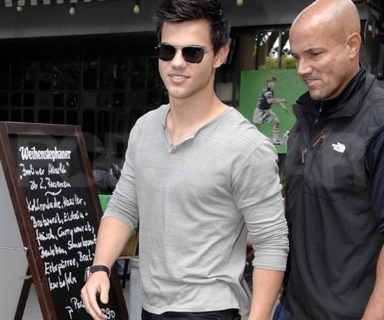 Slide Picture of Taylor Lautner in Germany