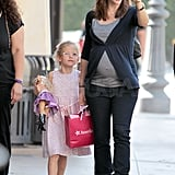 Jennifer Garner pointed out a sight to Violet Affleck.
