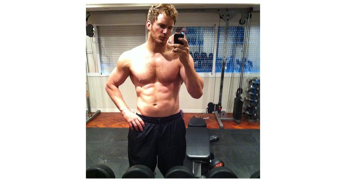 Chris Pratt Buff Shirtless Pictures Popsugar Celebrity