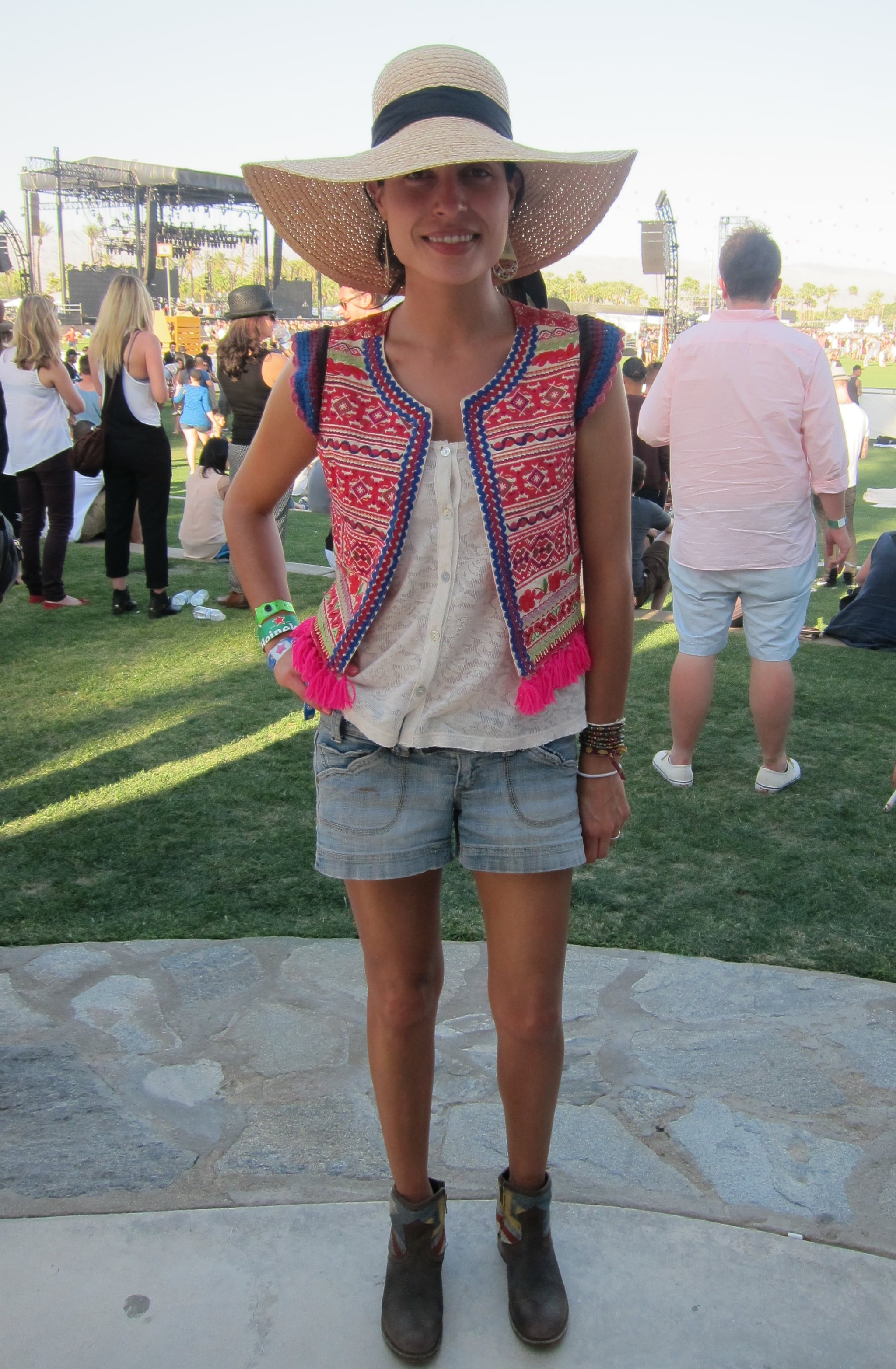 A trimmed printed vest put a new spin on casual shorts.  Source: Chi Diem Chau
