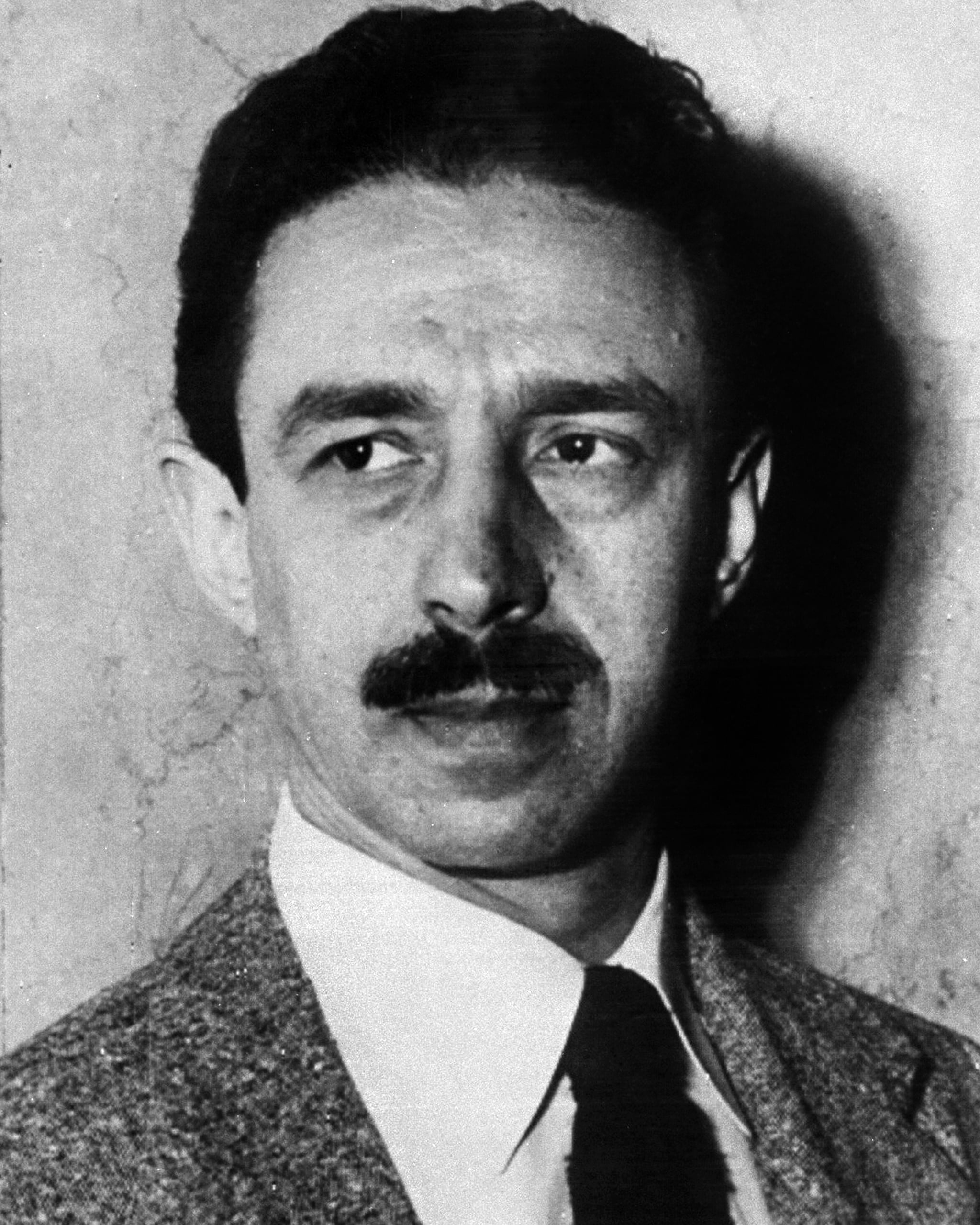 Dr. George Hill Hodel. 38, party involved in alleged incest case and Black Dahlia story. (Photo By: NY Daily News via Getty Images)