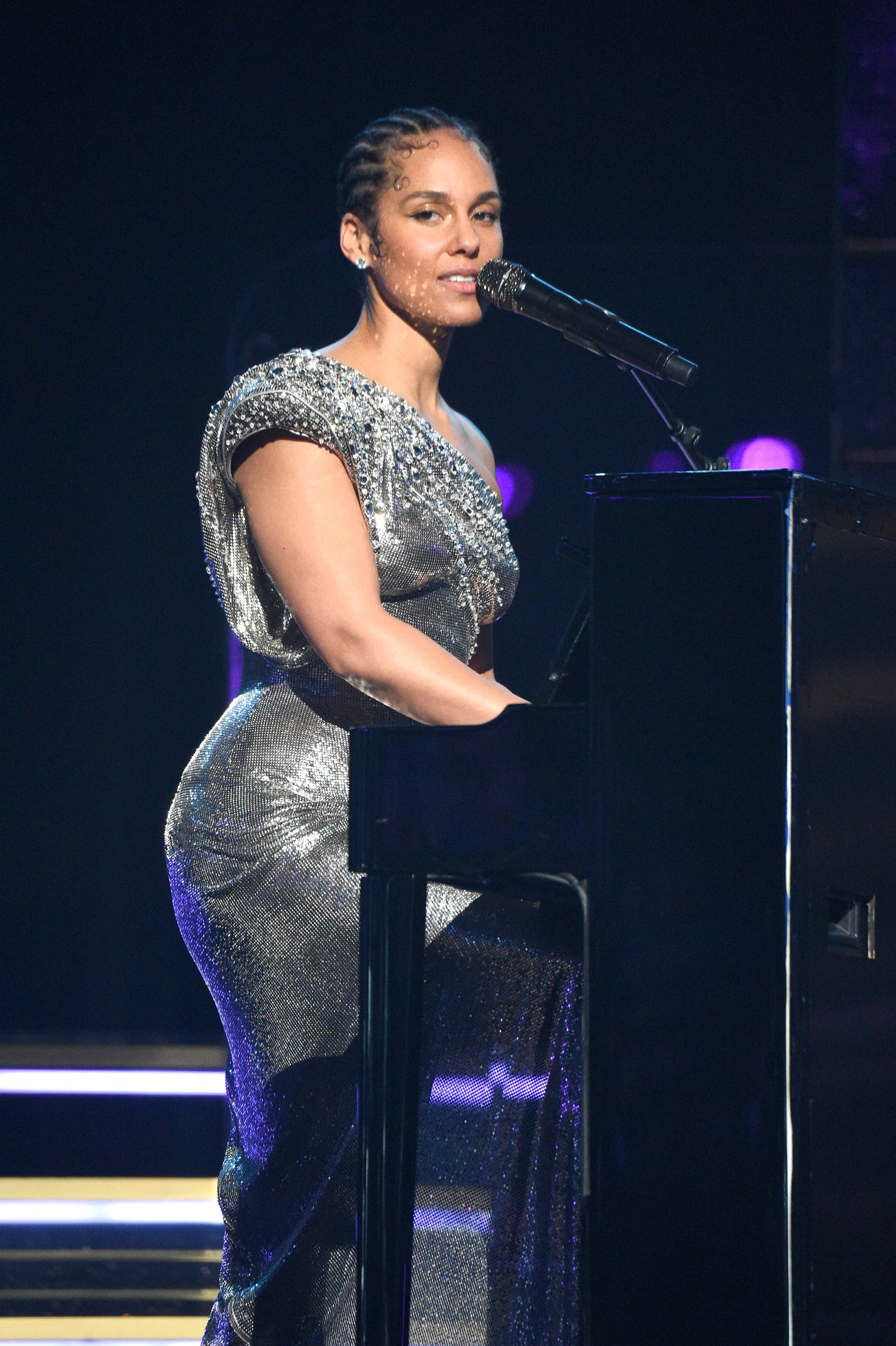 LOS ANGELES, CALIFORNIA - JANUARY 26: Alicia Keys performs onstage during the 62nd Annual GRAMMY Awards at STAPLES Centre on January 26, 2020 in Los Angeles, California. (Photo by Kevin Mazur/Getty Images for The Recording Academy)