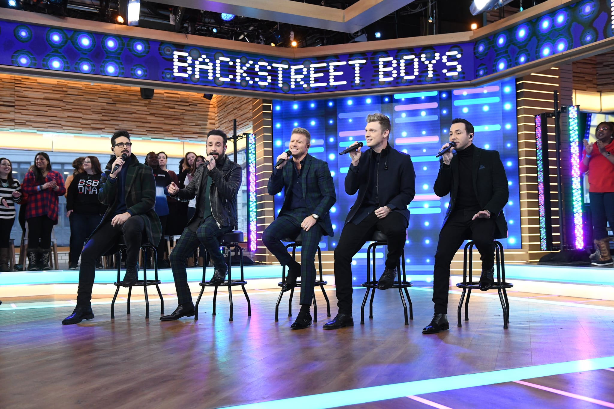 GOOD MORNING AMERICA - The Backstreet Boys are live on