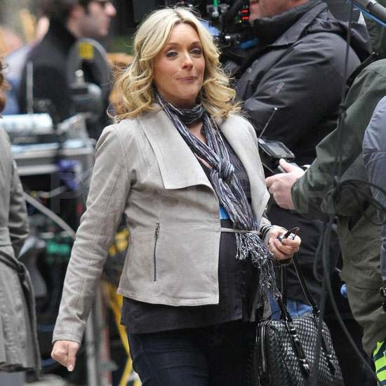 pictures of pregnant jane krakowski filming 30 rock with