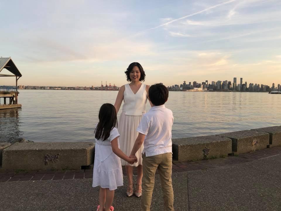 Julia Cha - family circle