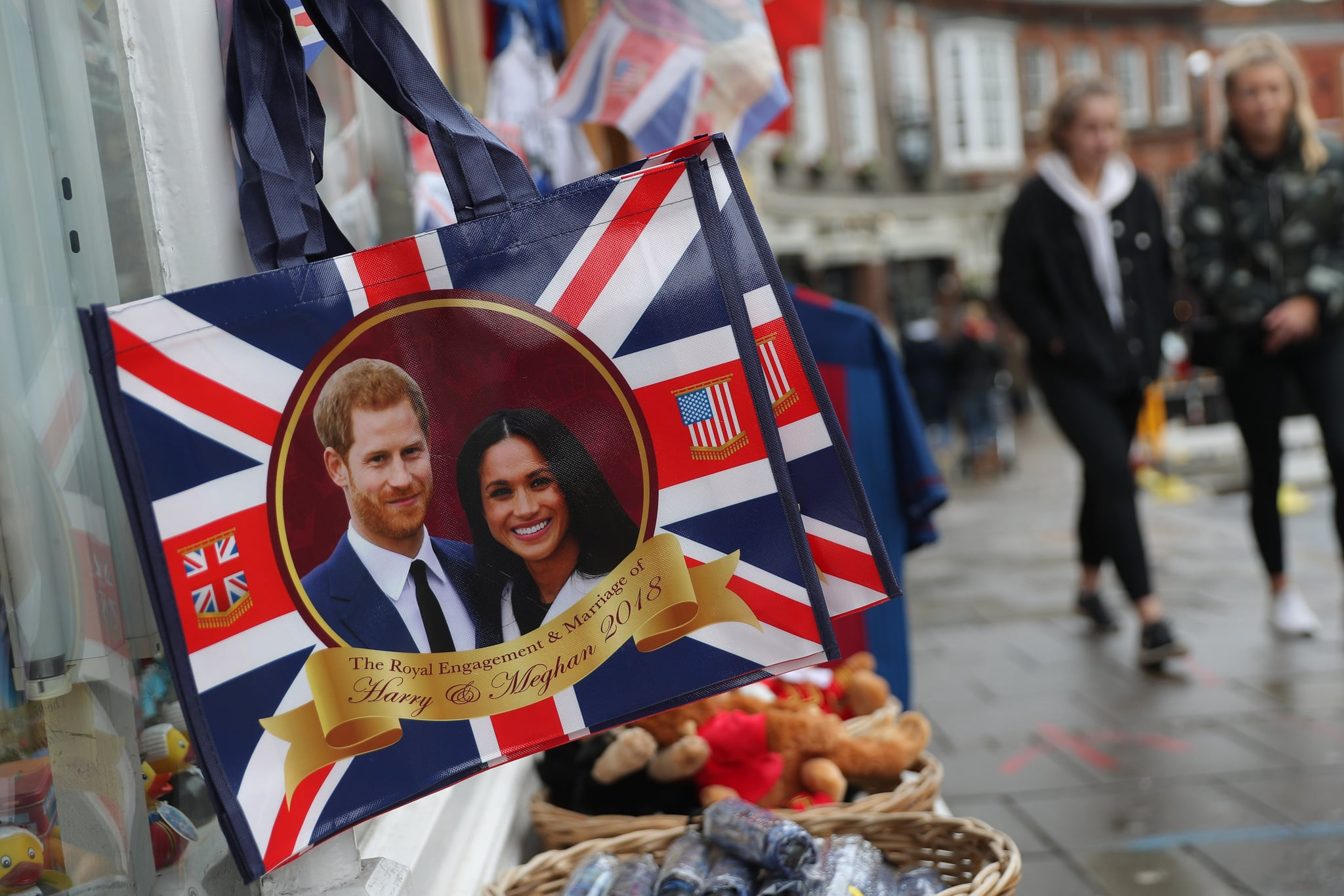 Memorabilia celebrating the engagement of Britain's Prince Harry to fiancee US actress Meghan Markle are pictured for sale in a gift shop in Windsor, west of London on March 28, 2018.Britain's Prince Harry and US actress Meghan Markle will marry on May 19 at St George's Chapel in Windsor Castle. / AFP PHOTO / Daniel LEAL-OLIVAS        (Photo credit should read DANIEL LEAL-OLIVAS/AFP/Getty Images)