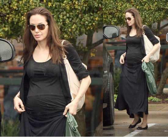 Angelina Brings Her Bump to Barnes & Noble