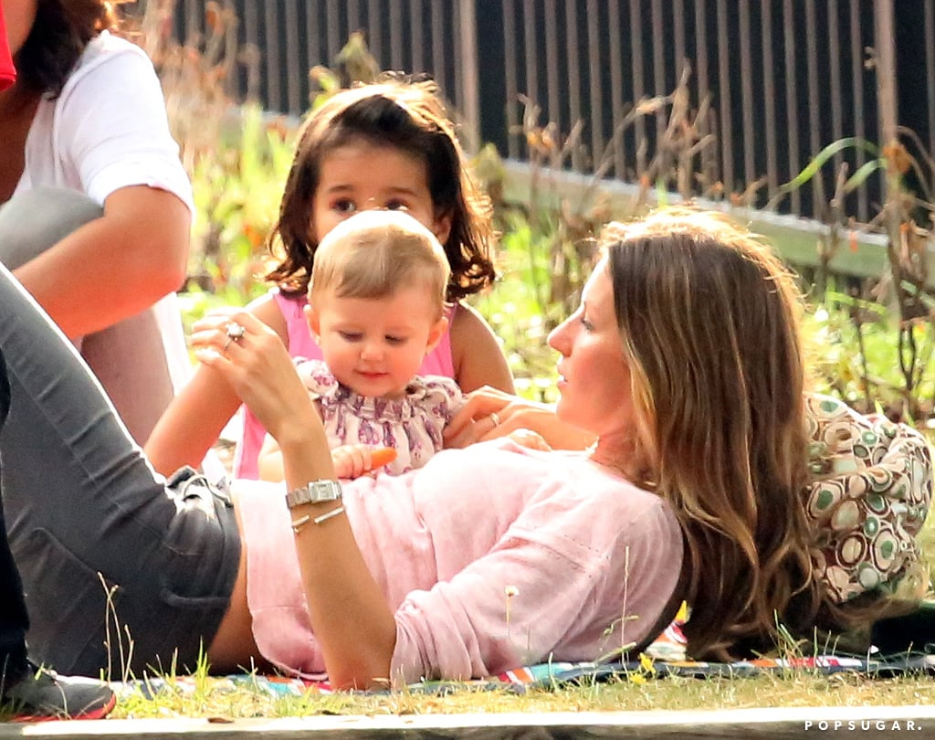 Gisele Bündchen enjoyed some sweet time with daughter Vivian in Boston on Sunday.
