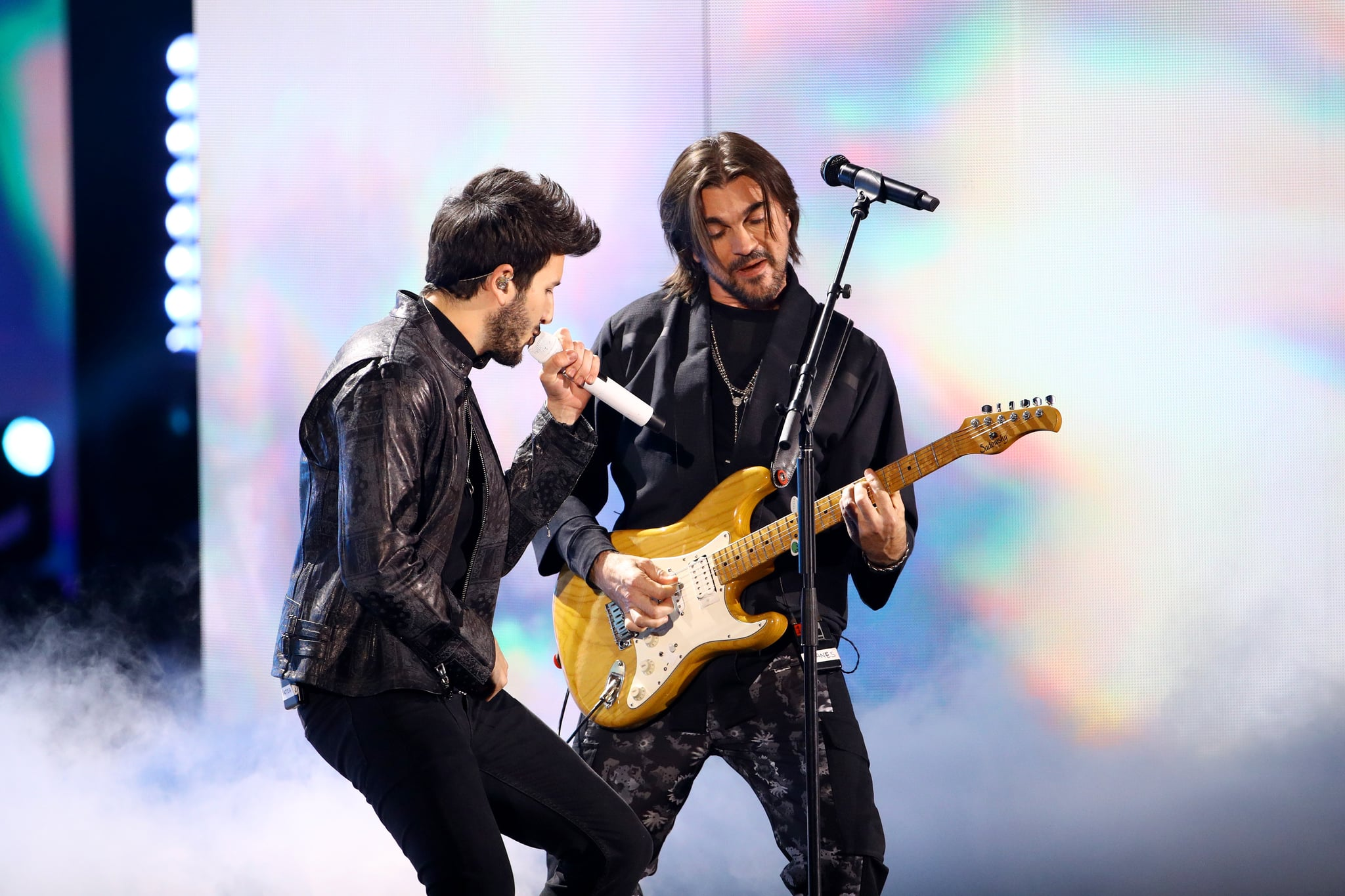 LAS VEGAS, NEVADA - NOVEMBER 14: (L-R) Sebastian Yatra and Juanes perform onstage during the 20th annual Latin GRAMMY Awards at MGM Grand Garden Arena on November 14, 2019 in Las Vegas, Nevada. (Photo by Rich Fury/Getty Images)