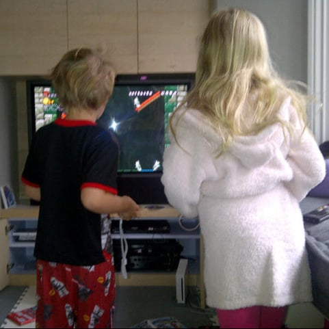 Gwyneth Paltrow Tweets About Kids Playing Wii