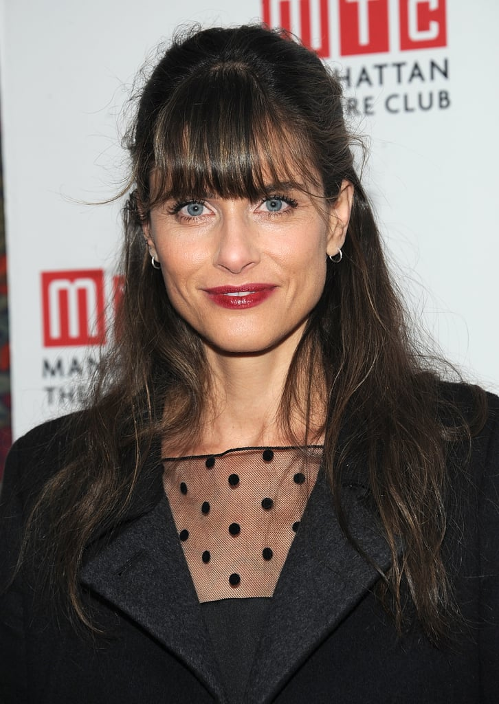 Amanda Peet's cranberry lipstick color was seasonably appropriate.