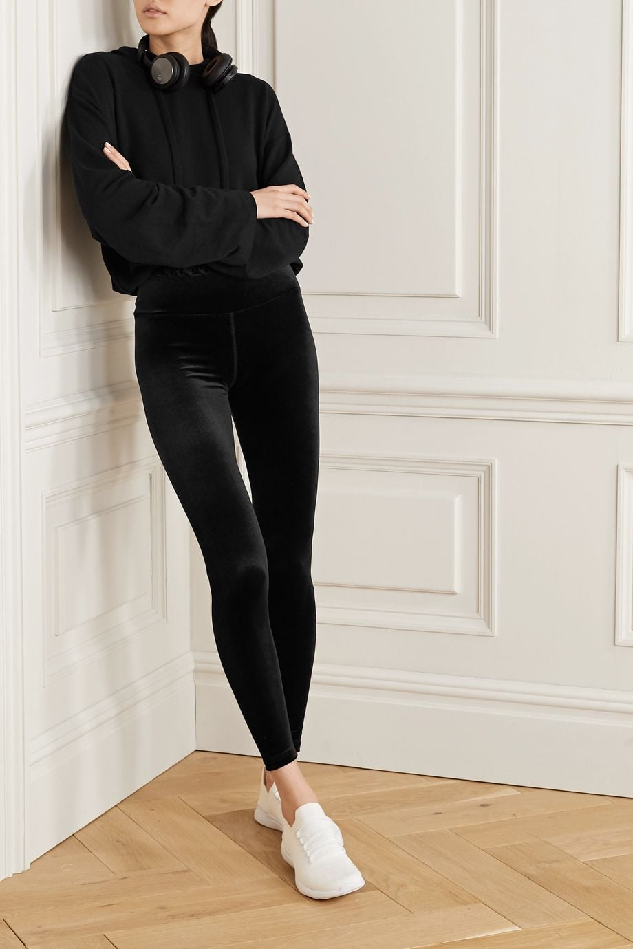 Year Of Ours Black Samba Ruffled Stretch Velvet Leggings How To Make The Cutest Outfits Possible With Your Comfiest Clothes Popsugar Fashion Photo 26