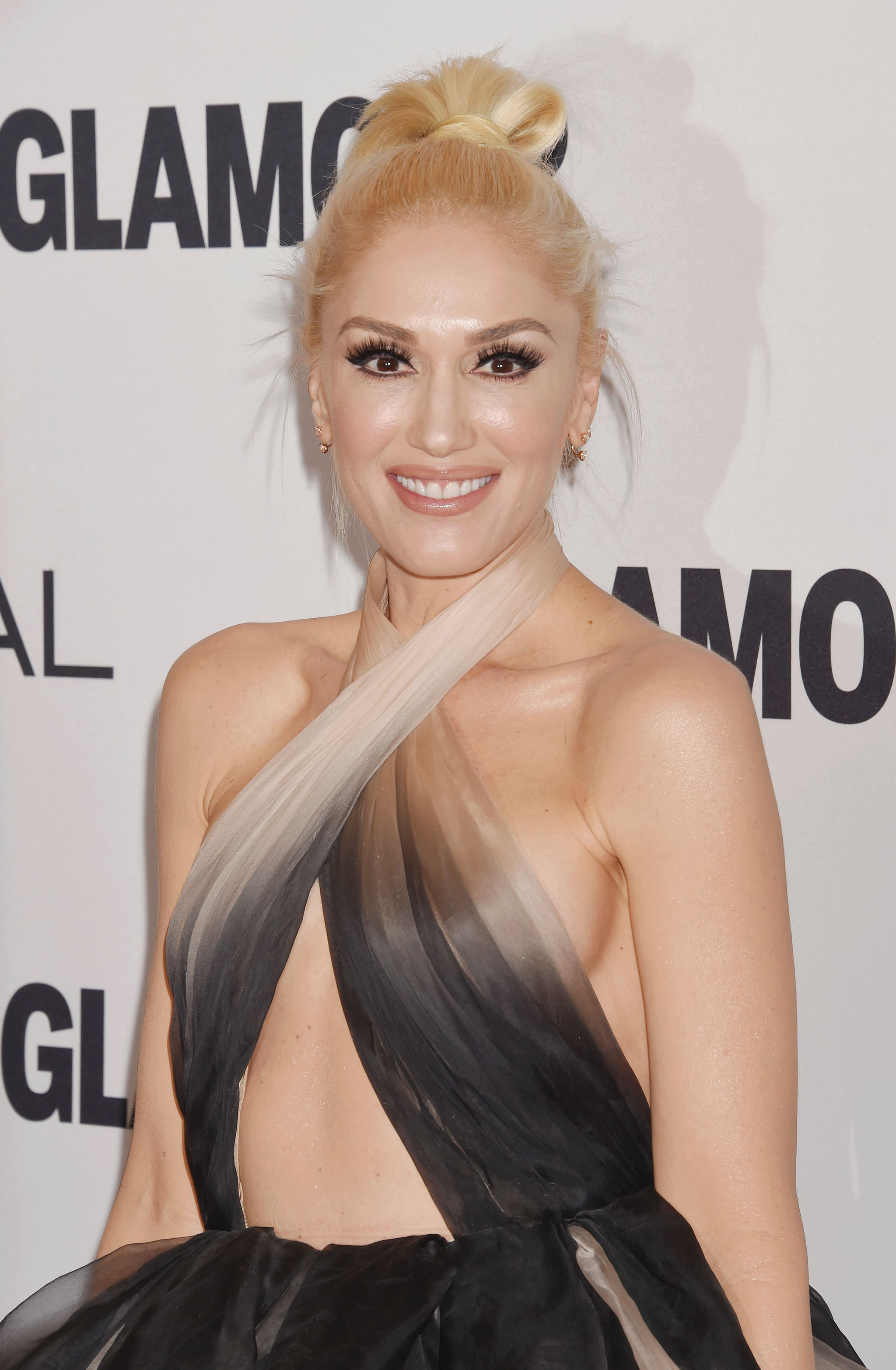 Gwen stefani what you waiting for compilation 3