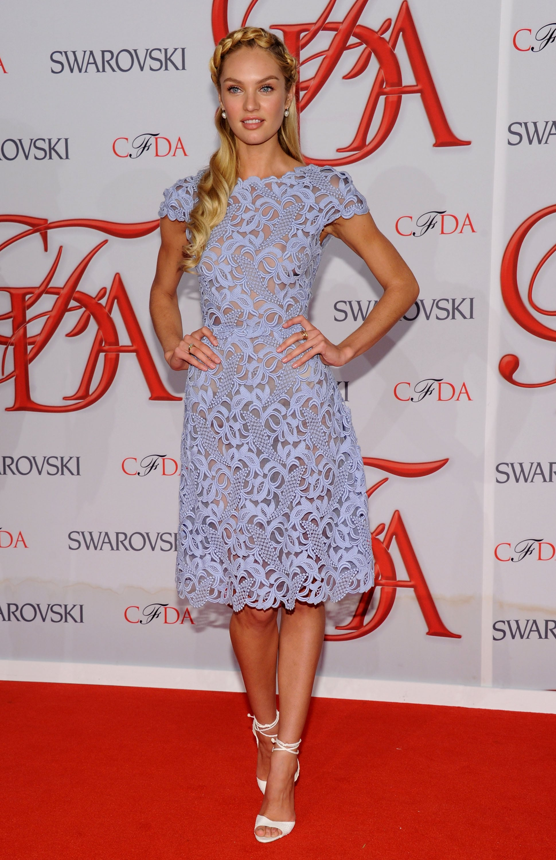 Candice Swanepoel In A Valentino Dress And Brian Atwood Shoes At The 2012 Cfda Fashion Awards Pictures Of Supermodel Candice Swanepoel On The Red Carpet Popsugar Fashion Australia Photo 13