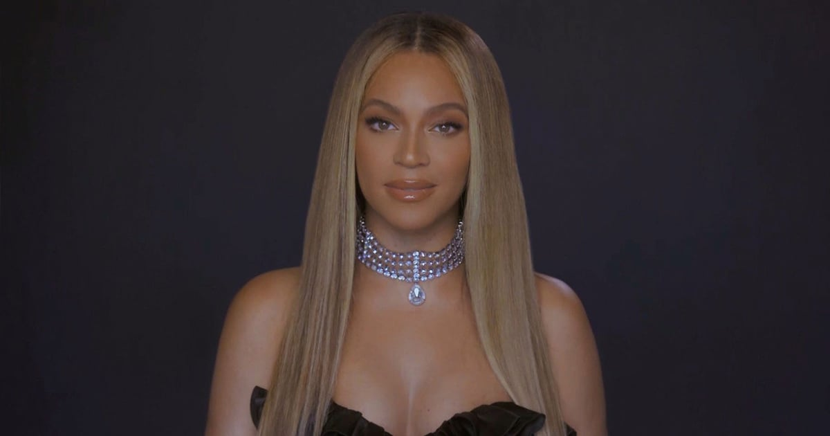 Yes, Curtain Bangs Are Still Very Much In — Just Look at Beyoncé's New Haircut.jpg