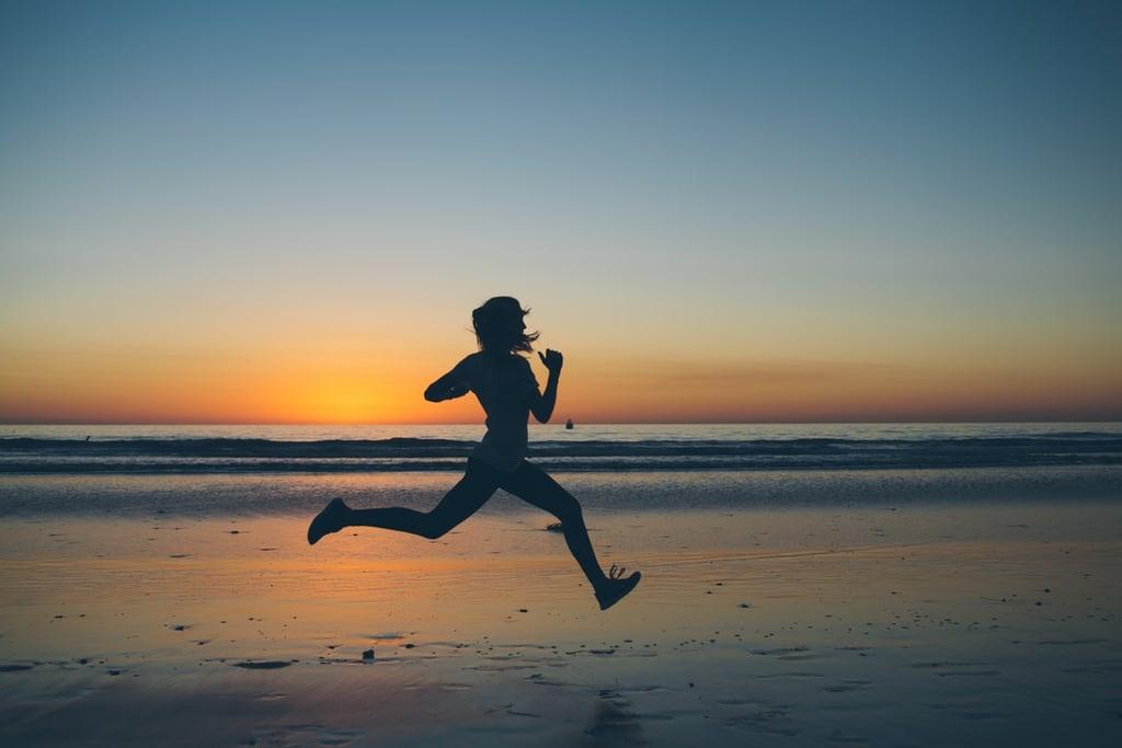 مارسي رياضة الجري على الشاطئ