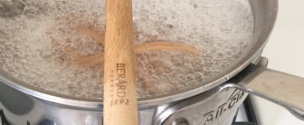 How to Prevent Water From Boiling Over on the Stove