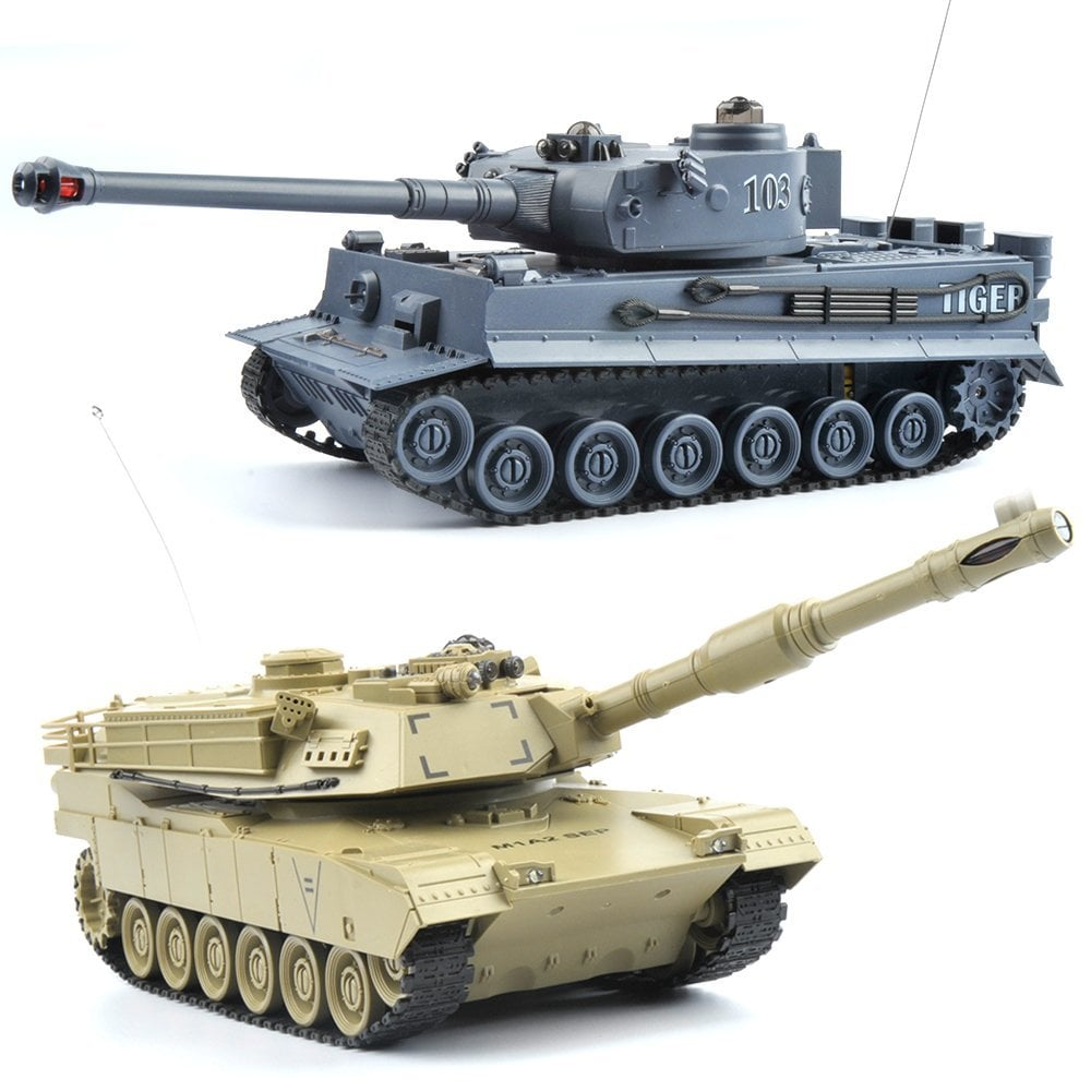 Gizmovine Battling Tanks