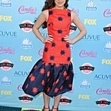 Hailee Steinfeld was one of the night's bright spots in a high contrast House of Holland dress and coordinating ankle-strap Oscar Tiye heels.
